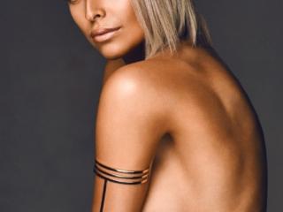 Josephine Miró fotograf christian grüner topless tattoo blue eyes